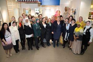 Erna Solberg besøker SiB på IKEA